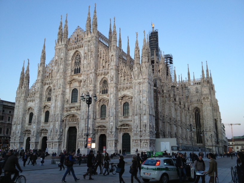 Milan_2Cathedr.JPG